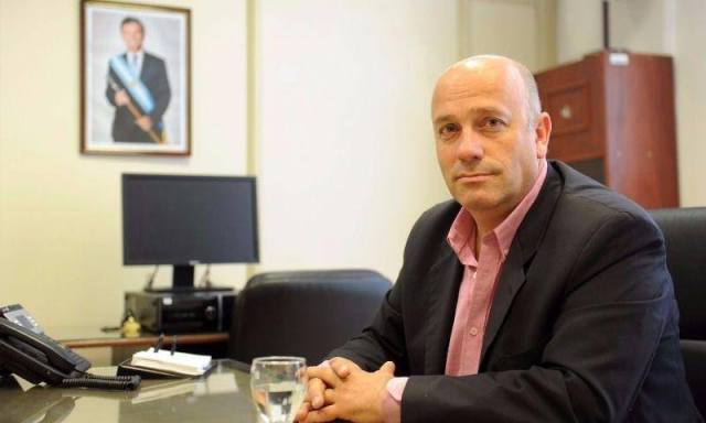 Andrés De