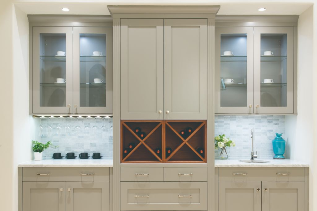 St. Martin Cabinetry Lakeland Simply Gray
