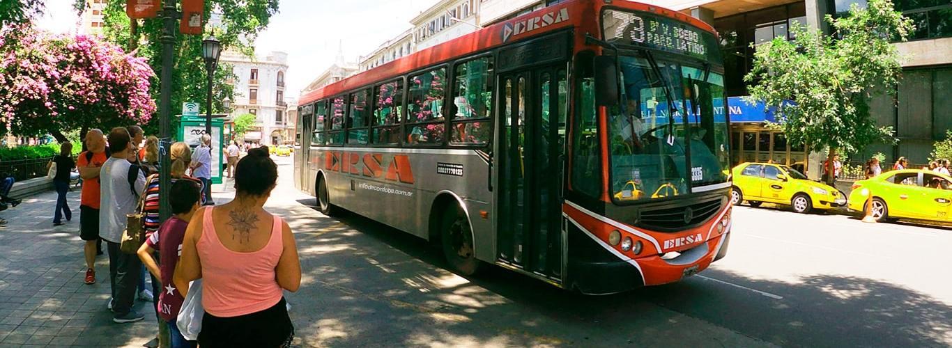 Cuánto cuesta el boleto urbano en Córdoba, cuál es la tarifa nocturna, boleto educativo, boleto obrero social, AeroBus y más.