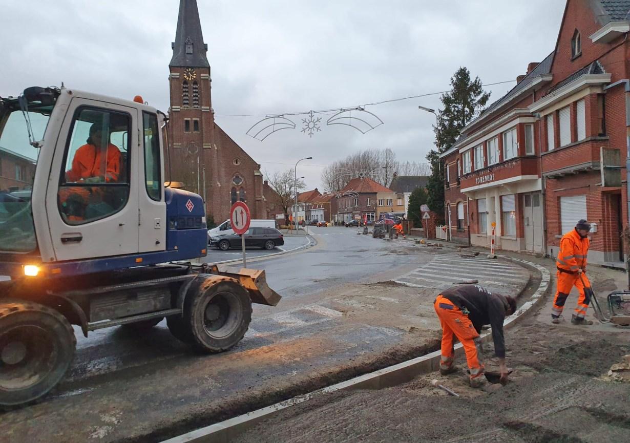 Vernieuwing voetpaden in Deerlijk