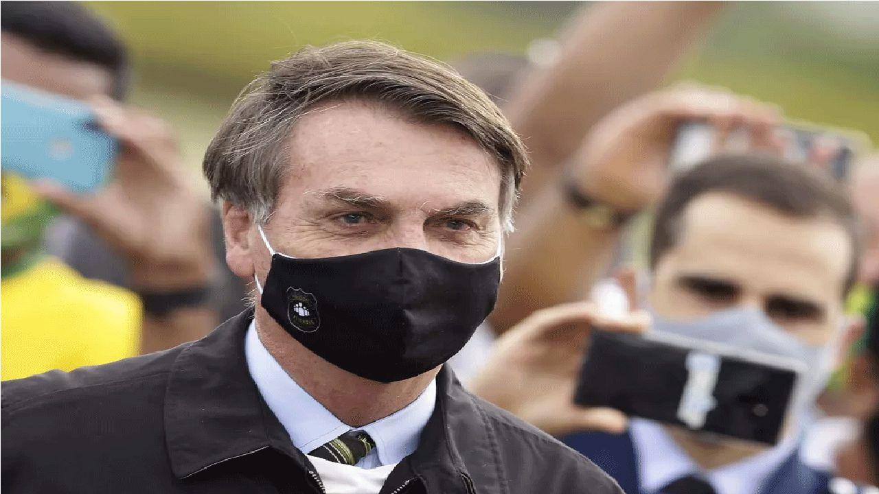 Bolsonaro veta uso obrigatório de máscara em presídios