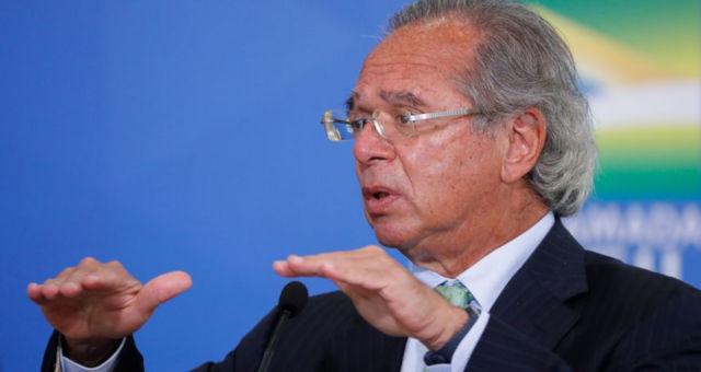 'Esperamos que o gás caia 30% pelo menos', diz Guedes