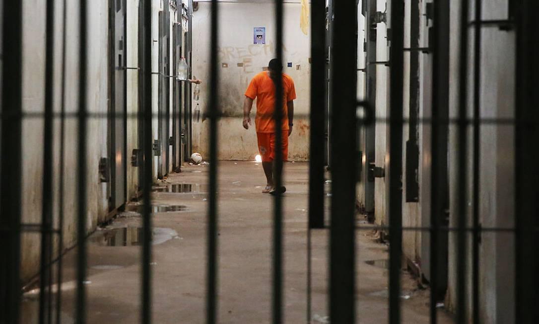 Pai e filha são presos por viverem como marido e mulher, mas o que chocou a polícia foi outra descoberta