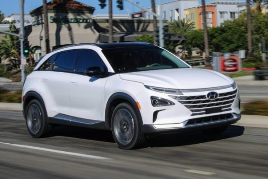 Hyundai nexo macchina a idrogeno