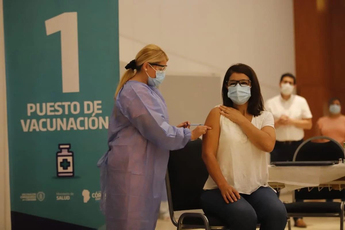 Córdoba recibió una nueva partida de más de 40 mil vacunas.