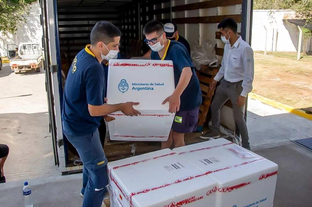 Llegaron a Córdoba más de 161.000 vacunas de diferentes laboratorios