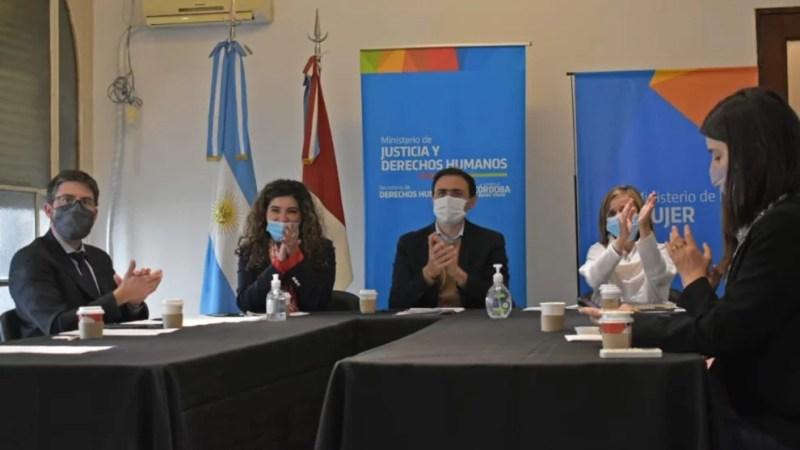El Gobierno garantizará la vacunación a inmigrantes que vivan en Córdoba