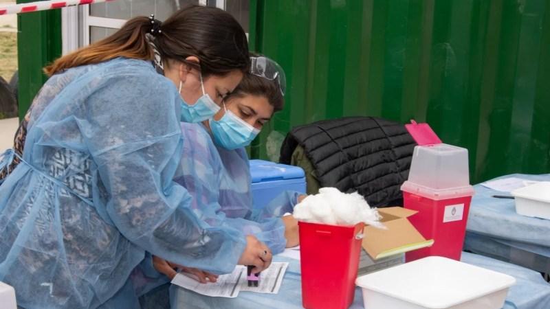 Este lunes se confirmaron 73 casos nuevos de Covid-19 en la provincia de Córdoba y tres fallecimientos por esta causa.