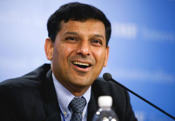 Salary Of RBI Governor- Raghuram Rajan-infogalaxy.in