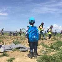 Polícia macedónia ataca refugiados com gás e balas de borracha