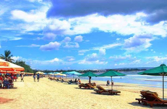 Pantai-Kuta-tempat-wisata-dibali