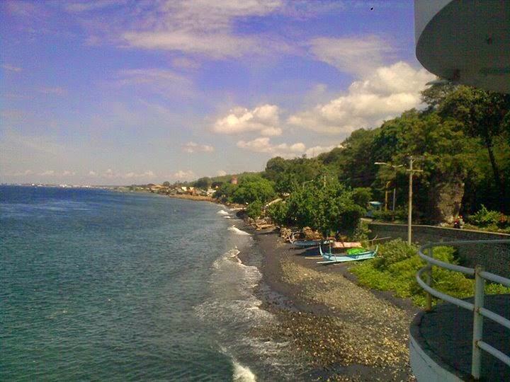 Wisata-Pantai-Watu-Dodol-Banyuwangi-Jawa-Timur