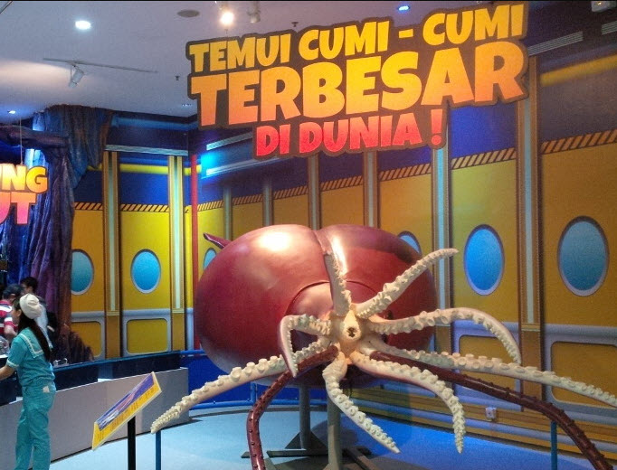Ocean-World-Science-Center-trans-studio-Bandung