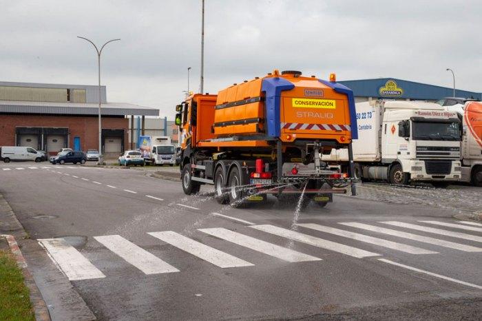 Vuelve la desinfección de calles a Liébana y a otros municipios turísticos de Cantabria