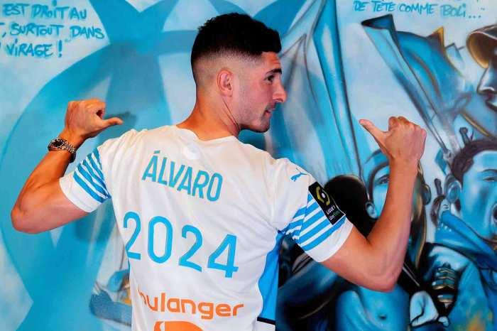 """Álvaro González, """"muy feliz"""" por su renovación en el Olympique de Marseille"""
