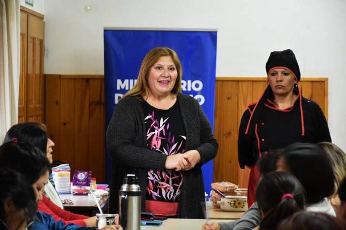 """Comenzó el evento,  Sabores de las Delicias Juninenses, """"hoy bombones"""""""