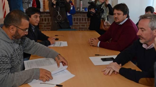 Los gremios de Neuquén quieren sostener el acuerdo salarial del año pasado