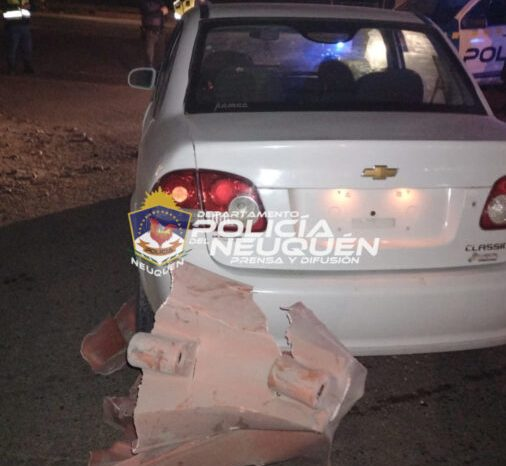 CRÍA 2°: Mujer manejaba alcoholizada, se fugó, chocó y fue aprehendida
