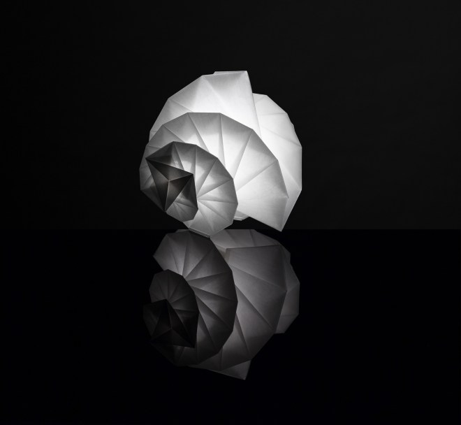 IN-EI-TR-011-by-Issey-Miyake-+-Reality-Lab._2