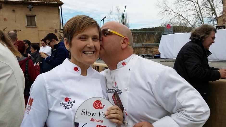 Xavier Fabra Felicitando a Silvia Anglada