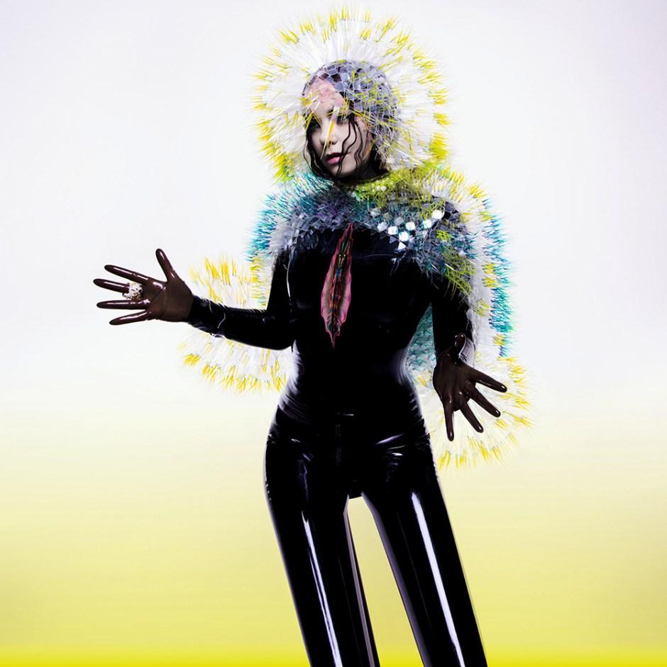 Bjork-Inez-and-Vinoodh-Maiko-Takeda-Syren-Couture