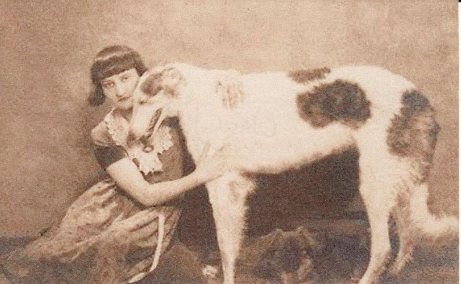 clara-tice-and-her-dog
