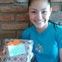 Una joven de Barrancas encontró una billetera y fue recompensada tras devolverla