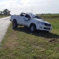 Un vecino de Serodino perdió el control de la camioneta y dio varios tumbos
