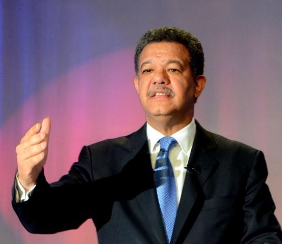 Leonel Fernández fue proclamado candidato oficial del Bloque Institucional Socialdemócrata (BIS)