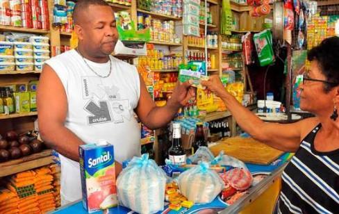 Danilo Medina extiende programas FASE, Quédate en Casa y Pa' ti