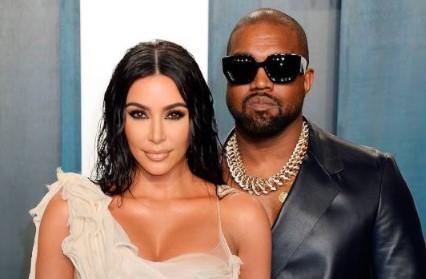 Kim Kardashian es captada llorando en vehículo con Kanye West