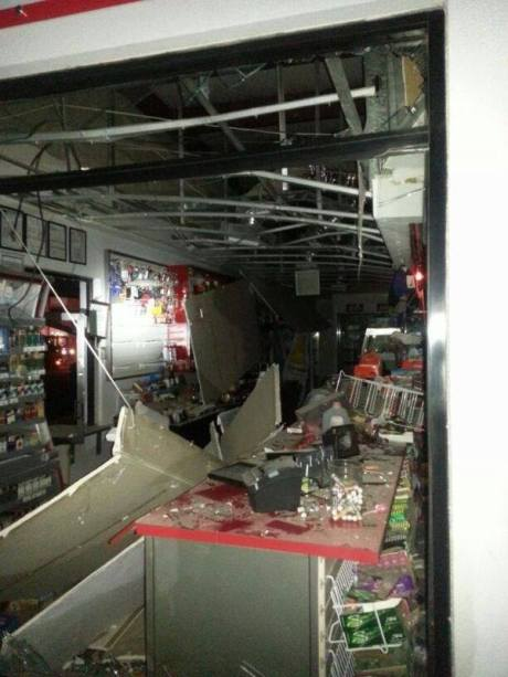 Uno de los negocios afectados por la explosión. (Foto cortesía Juan Pedro Morales)