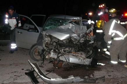 Deja 4 muertos choque frontal en carretera al sur de Sonora; iban ebrios