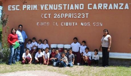 Entrega DIF-Nogales apoyos a escuela primaria del ejido El Cíbuta.
