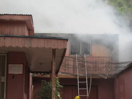 Una de las viviendas afectadas por el incendio.