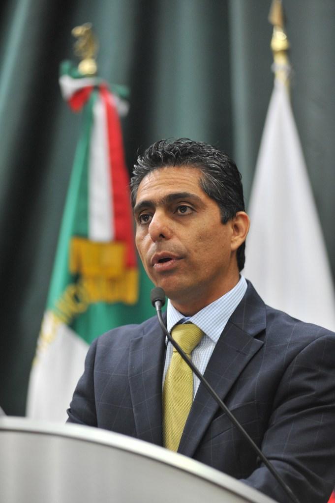 El diputado Marco Antonio Flores Durazo.