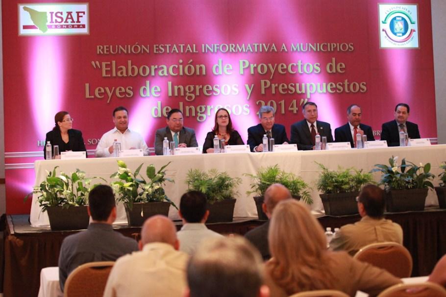 El evento se llevó a cabo en la capital del Estado.