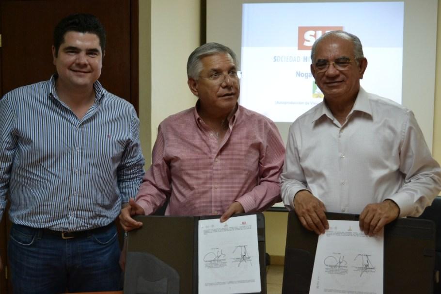 Firman convenio RGM y director de la SHF Jesús Alberto Cano Vélez.
