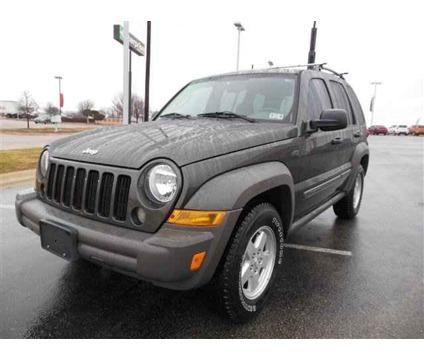 Un vehículo similar al de la imagen es buscado por autoridades de Arizona.