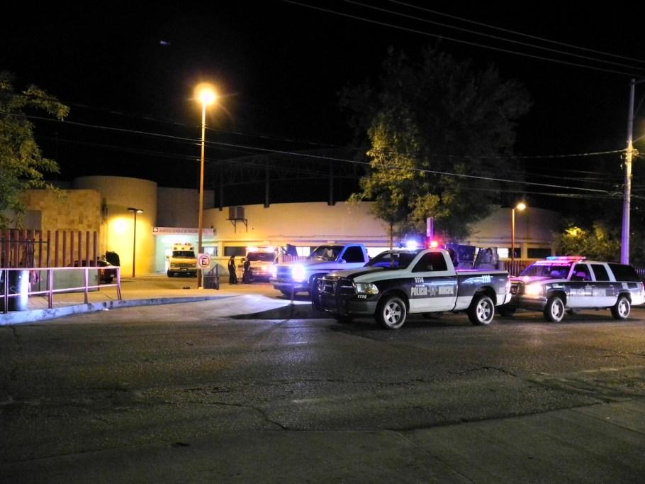 El sujeto herido fue llevado de emergencia al hospital donde se reportaba grave.