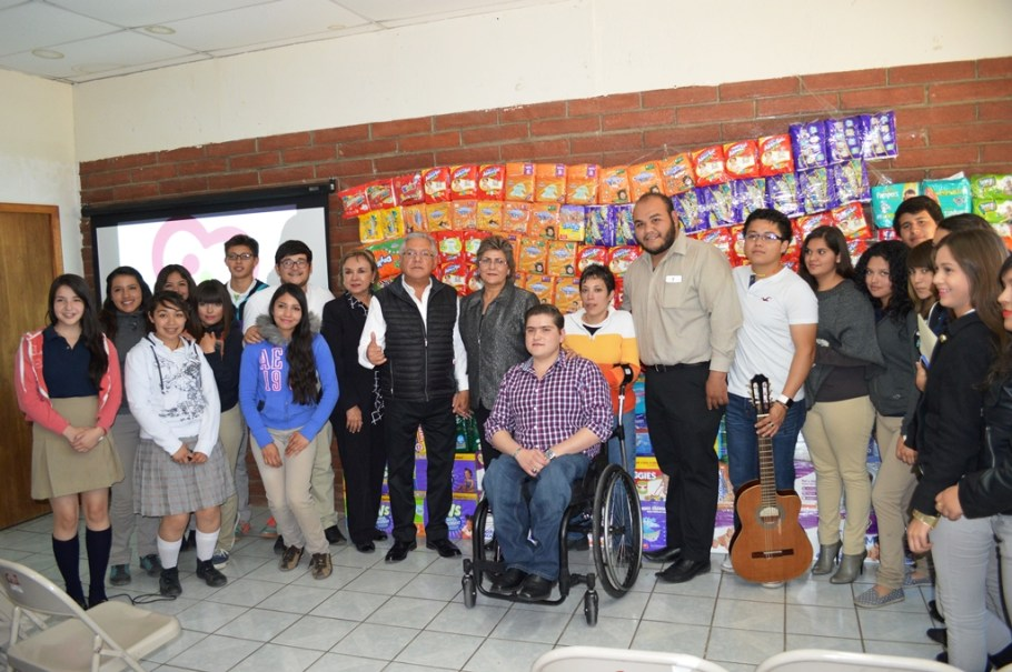 Dona Instituto Municipal de la Juventud 4 mil pañales al DIF-Nogales.