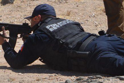 Deja un herido enfrentamiento a balazos entre policías y grupo armado, en la colonia Esperanza