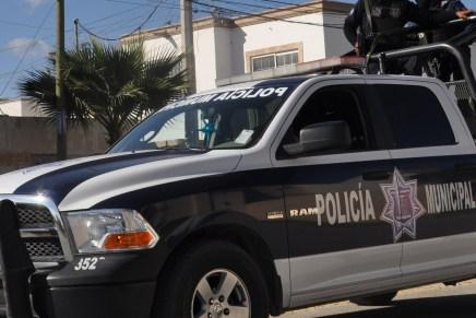 Recuperan policías municipales par de vehículos robados
