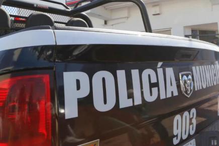 Le roban de su casa 90 mil pesos, le hicieron un boquete, en Lomas de Nogales