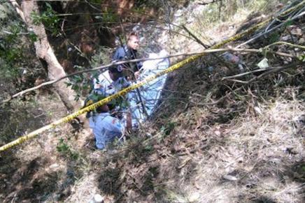 Hallan muerto a Edgar Bermúdez Pineda, al fondo de un barranco del Periférico Oriente
