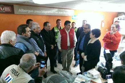 Entrega Miguel Pompa Corella apoyos para el albergue de migrantes