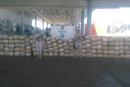 Incautan militares casi tres toneladas de marihuana en el Recinto Fiscal de Nogales