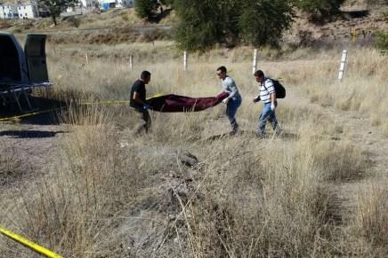 Hallan cuerpo sin vida de una persona, en un arroyo contiguo a la carretera hacia Mascareñas