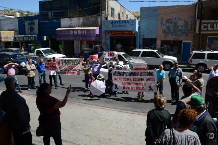 Marchan comunicadores en Nogales, #NoMásPeriodistasAsesinados