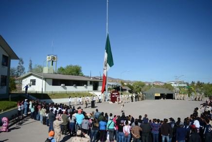Disfrutan cientos de familias nogalenses de paseo dominical en la 45va Zona Militar